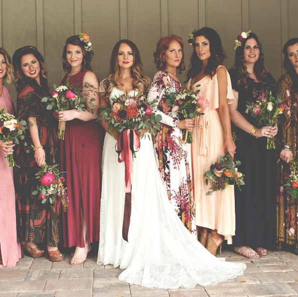 13 unique bridesmaid dress ideas for ballsy brides ...