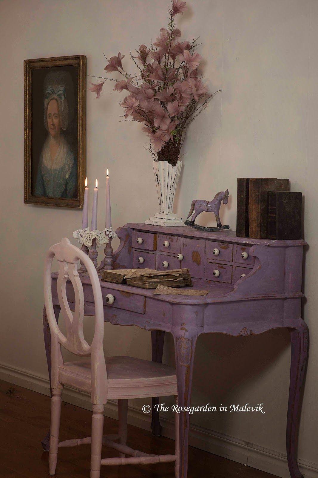 Vernice Chalk Paint Annie Sloan the rose garden in malevik: desk painted in emile chalk
