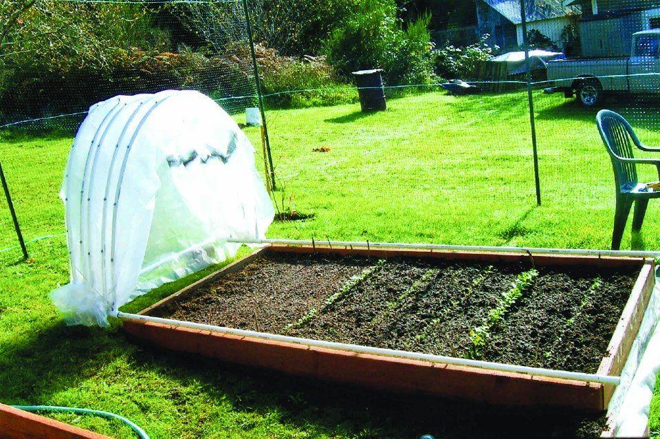 DIY Retractable PVC Hoop House Garden beds, Raised