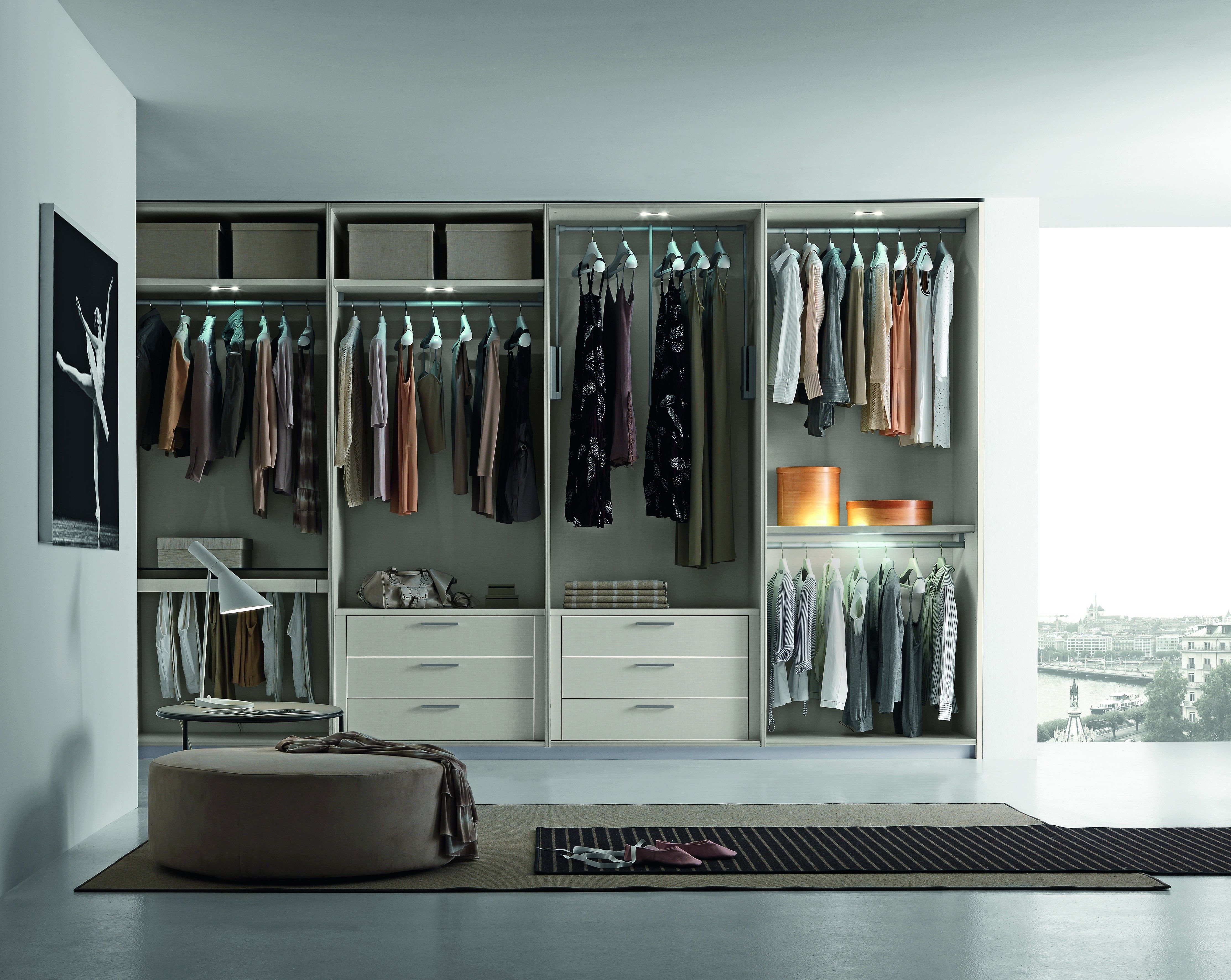 Tecnopolis Free Is A Walk In Closet System That Is Customisable In Every Detail A Perfect Combination Of Plannin Closet Designs Closet Planning Walk In Closet