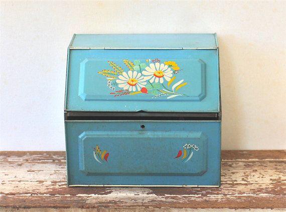 Vintage Ransburg Tin Bread Box Double Shelf Blue Hand Painted Toleware Floral & Vintage Ransburg Tin Bread Box Double Shelf Blue Hand Painted ... Aboutintivar.Com