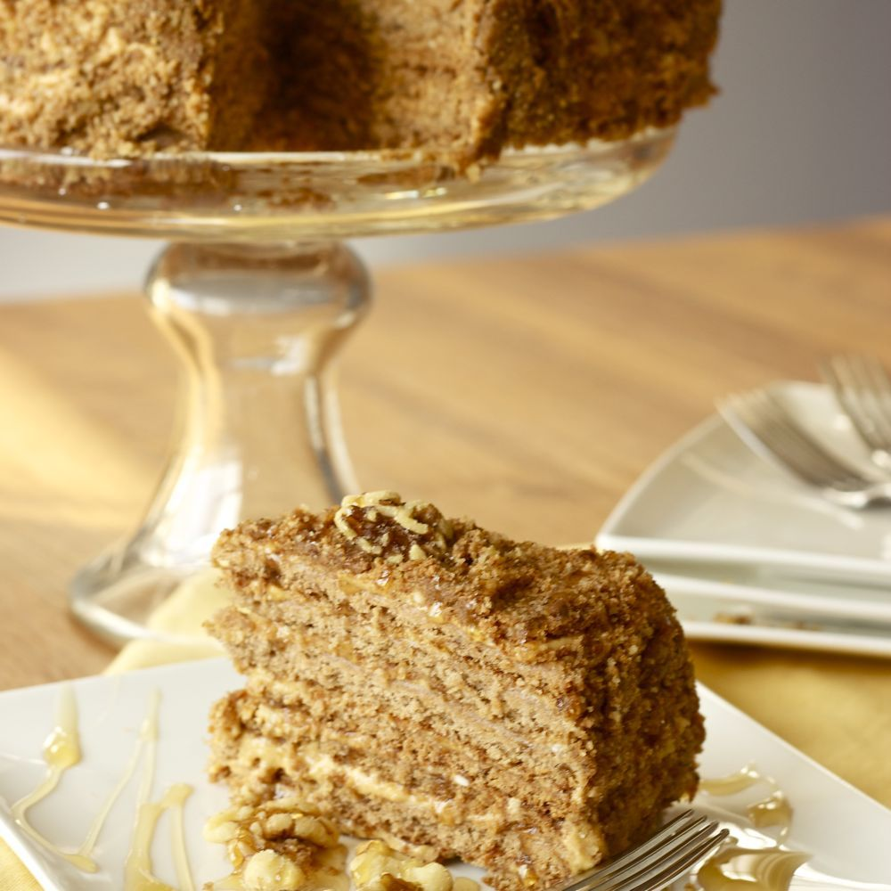 Honey Cake (Medovnik) - Czech dessert | Foodie in 2019