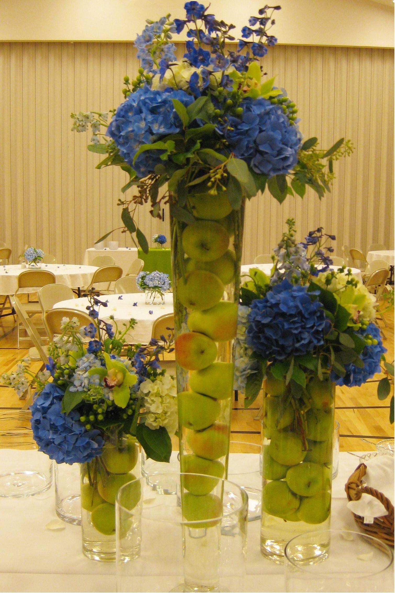 Floral arrangements for weddings orange sunflowers