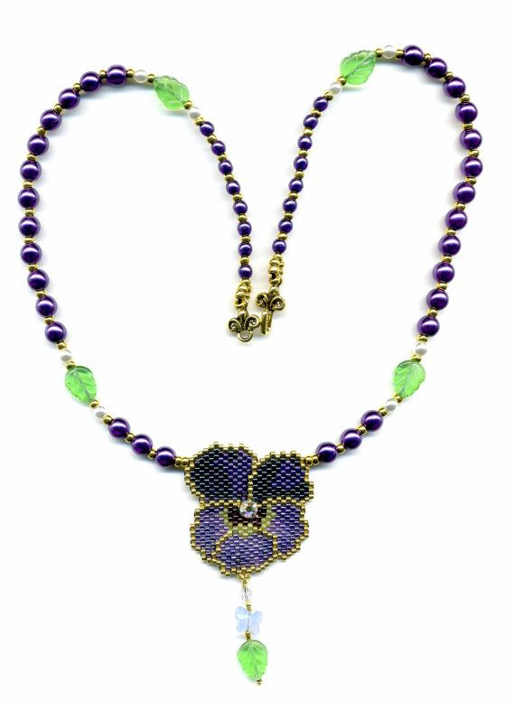 Pansy and Pearls Necklace Bead Pattern