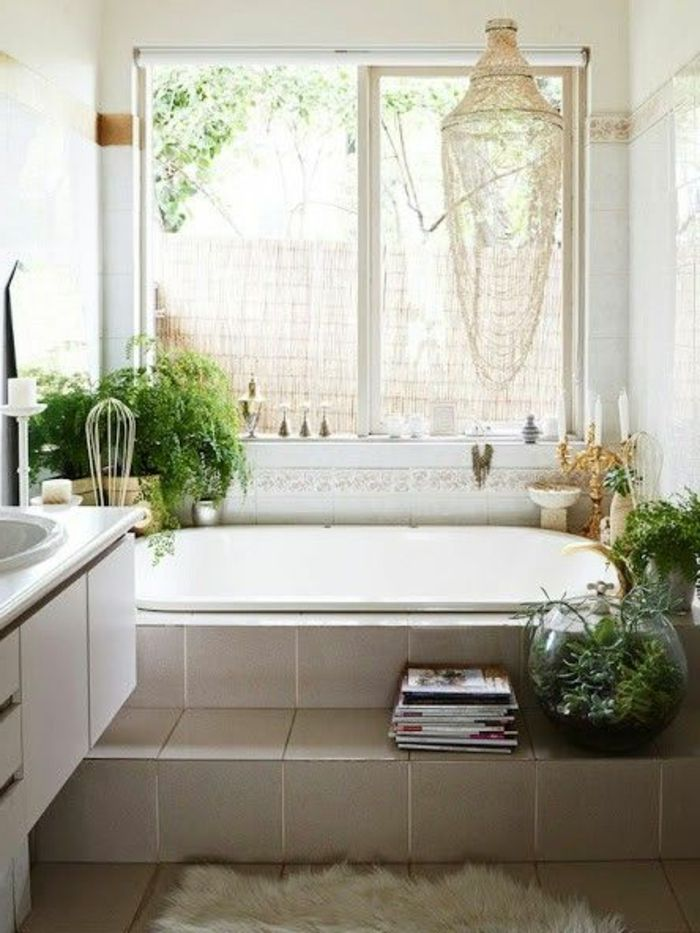 salle de bain blanc salle de bain ancienne de style r tro plante verte salle de bain. Black Bedroom Furniture Sets. Home Design Ideas