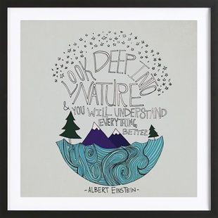 Einstein Nature - Leah Flores - Poster im Holzrahmen