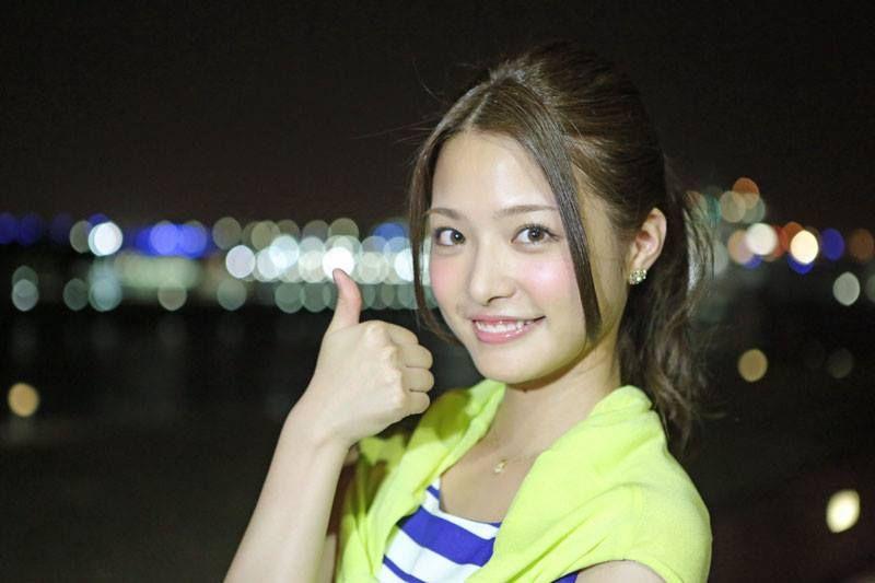 上田眞央の笑顔画像