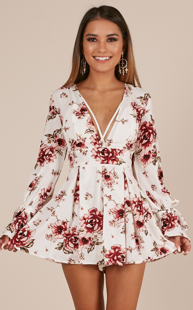 b82eb39b331 Showpo Careless Days playsuit in white floral - 18 (XXXL) Rompers ...
