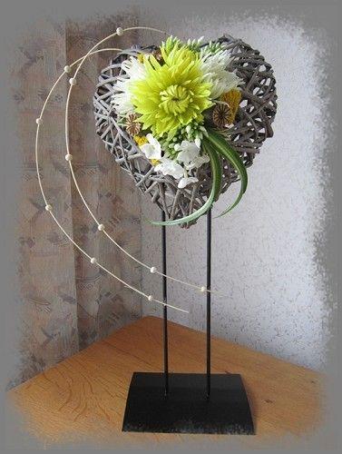 voorbeeldkaart zwevend hartje categorie bloemschikken hobbyjournaal uw hobby website. Black Bedroom Furniture Sets. Home Design Ideas