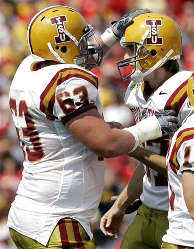 Iowa State Cyclones 1976 Uniform With Images Football Helmets