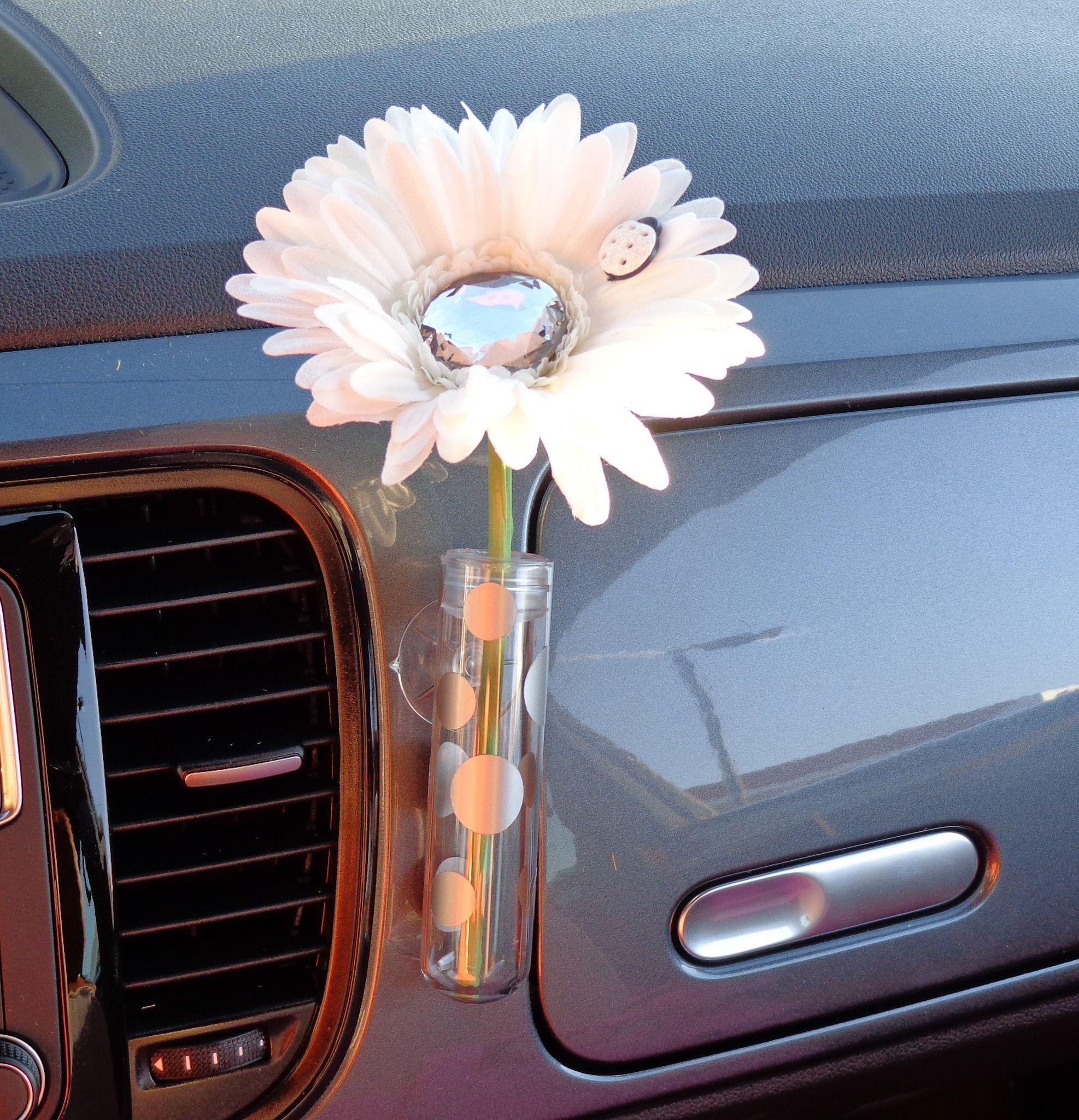 VW Flower Vase Light Blue Flowers