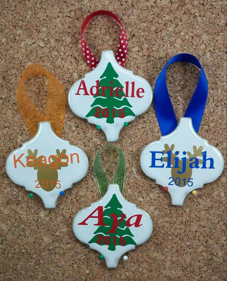Cute idea Christmas decor Pinterest Cricut, Ornament and