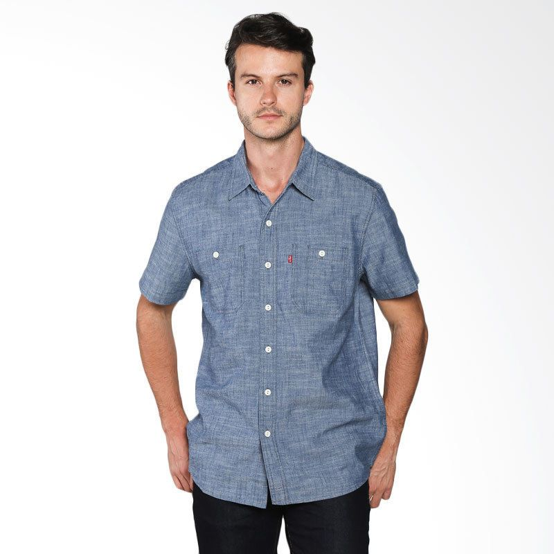 83f835346d New Levi s Men Light Blue 2 Pocket Chambray Short Sleeve Blue Button Up  Medium  Levis  ButtonFront
