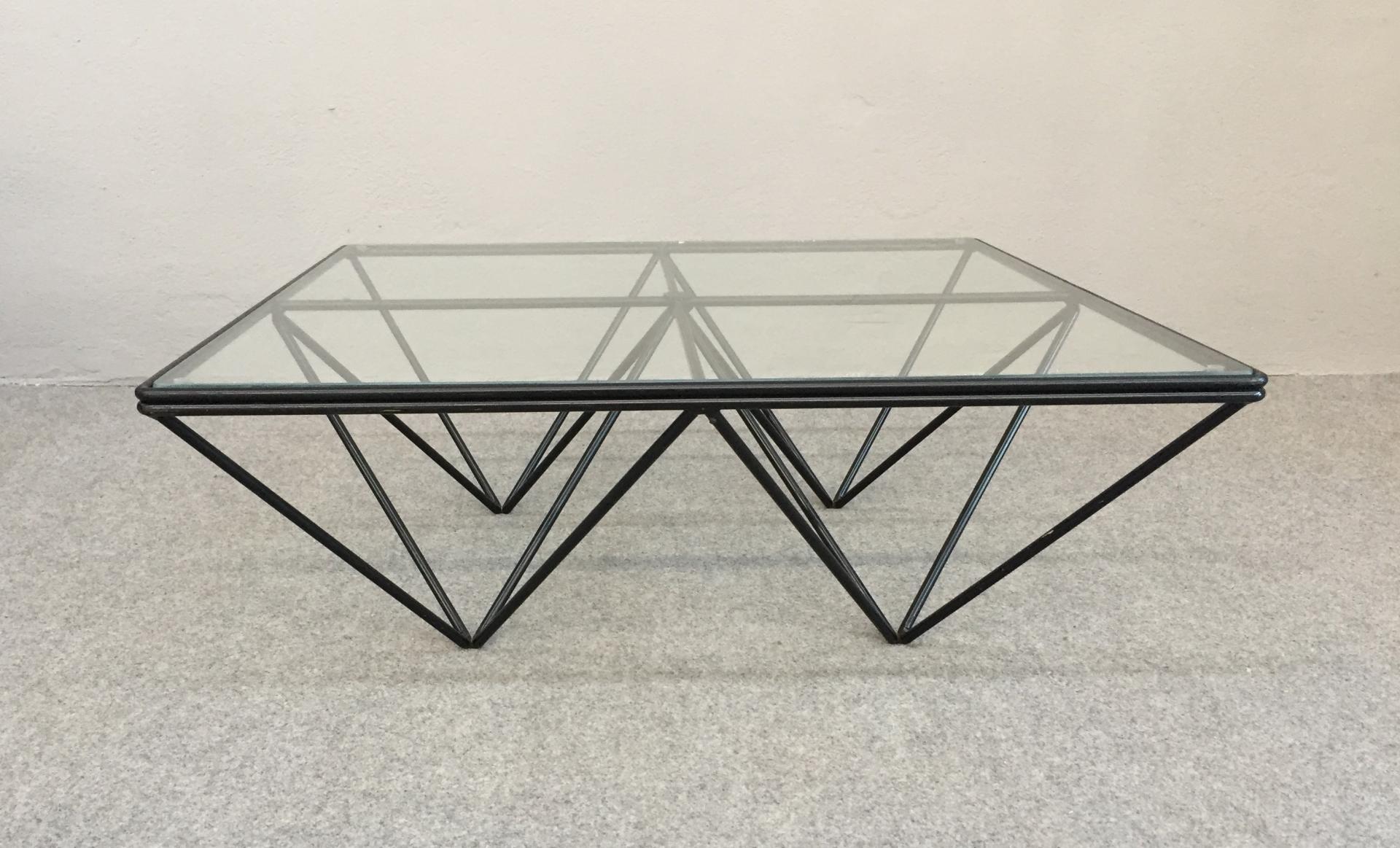 Table Basse En Fer.Table Basse En Fer Et En Verre Vintage 1980s 1 Design