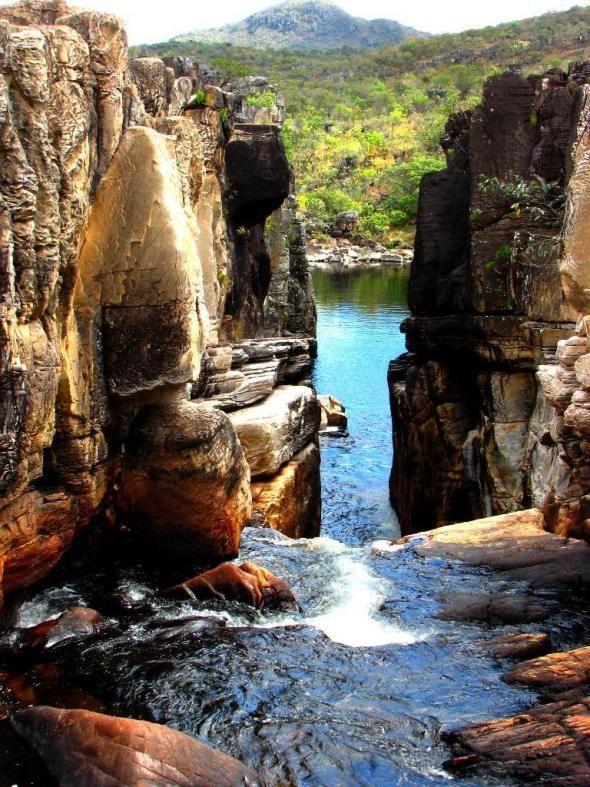 Cachoeira Do Canyon Na Chapada Dos Veadeiros Goias Brasil