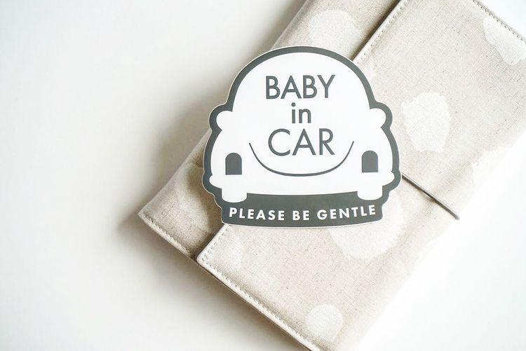 Baby In Car 北欧風のおしゃれな車用ステッカー 制作のご依頼は メールまたは下記のonline Shopよりお待ちしております Nocco Babe Gmail Com Online Shop Www Nocco Design Com Creema Minneでも販売中 In 2021 Tableware Car
