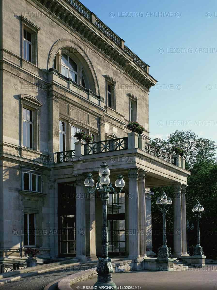 """CLASSICISM VILLA 19TH Main entrance to """"Villa Huegel"""