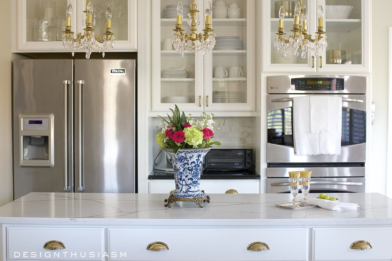 Dramatic Kitchen Renovation without Removing Cabinets ...