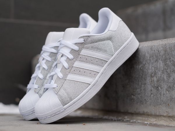 980df3a08a6cd ... wholesale adidas superstar w paillette argenté femme 1 62a30 189b4