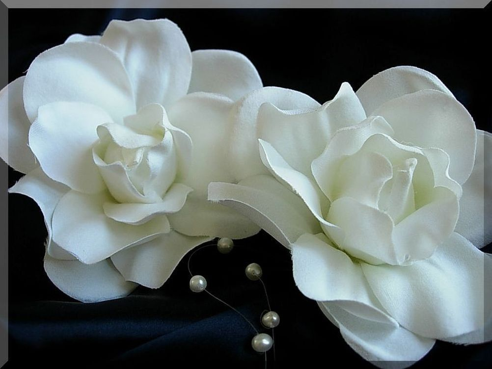Pair Of 2 White Hand Crafted Silk Gardenia Flower Hair Clip Wedding Details Ca With Images Flower Hair Clips Wedding Bride Hair Accessories Organizing Hair Accessories