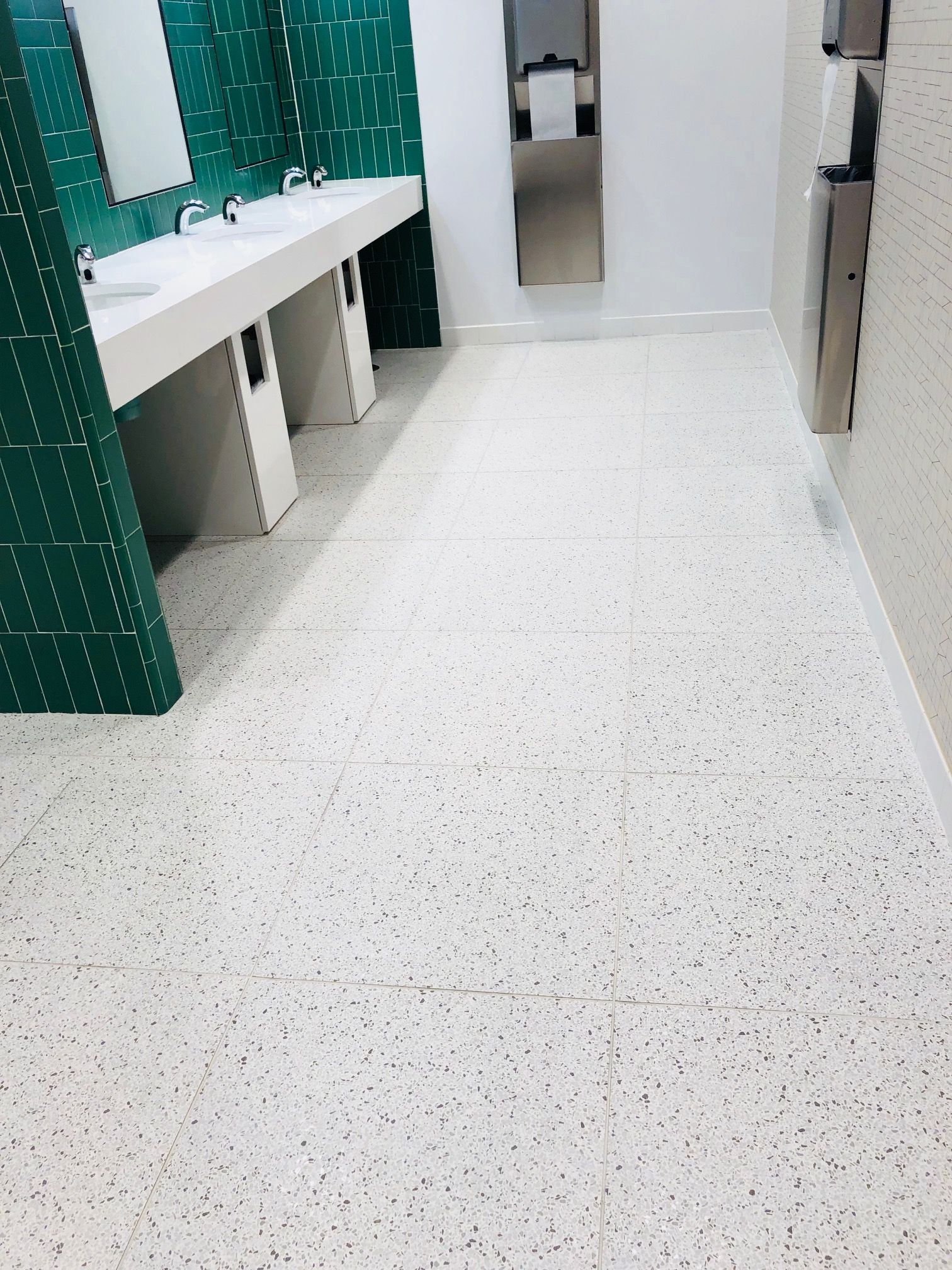Daltile Modernist Porcelain Tile That Looks Like Terrazzo
