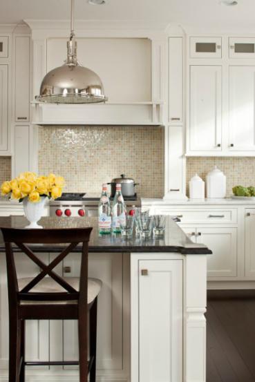 Best Lauren Liess Interiors Fantastic Kitchen With Creamy 640 x 480