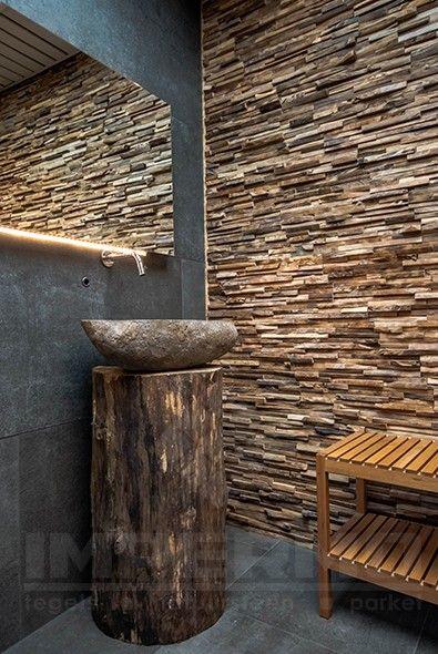 Gerecycleerde teak perfecte blikvanger impermo impermo badkamer pinterest wood cladding - Deco badkamer hout ...