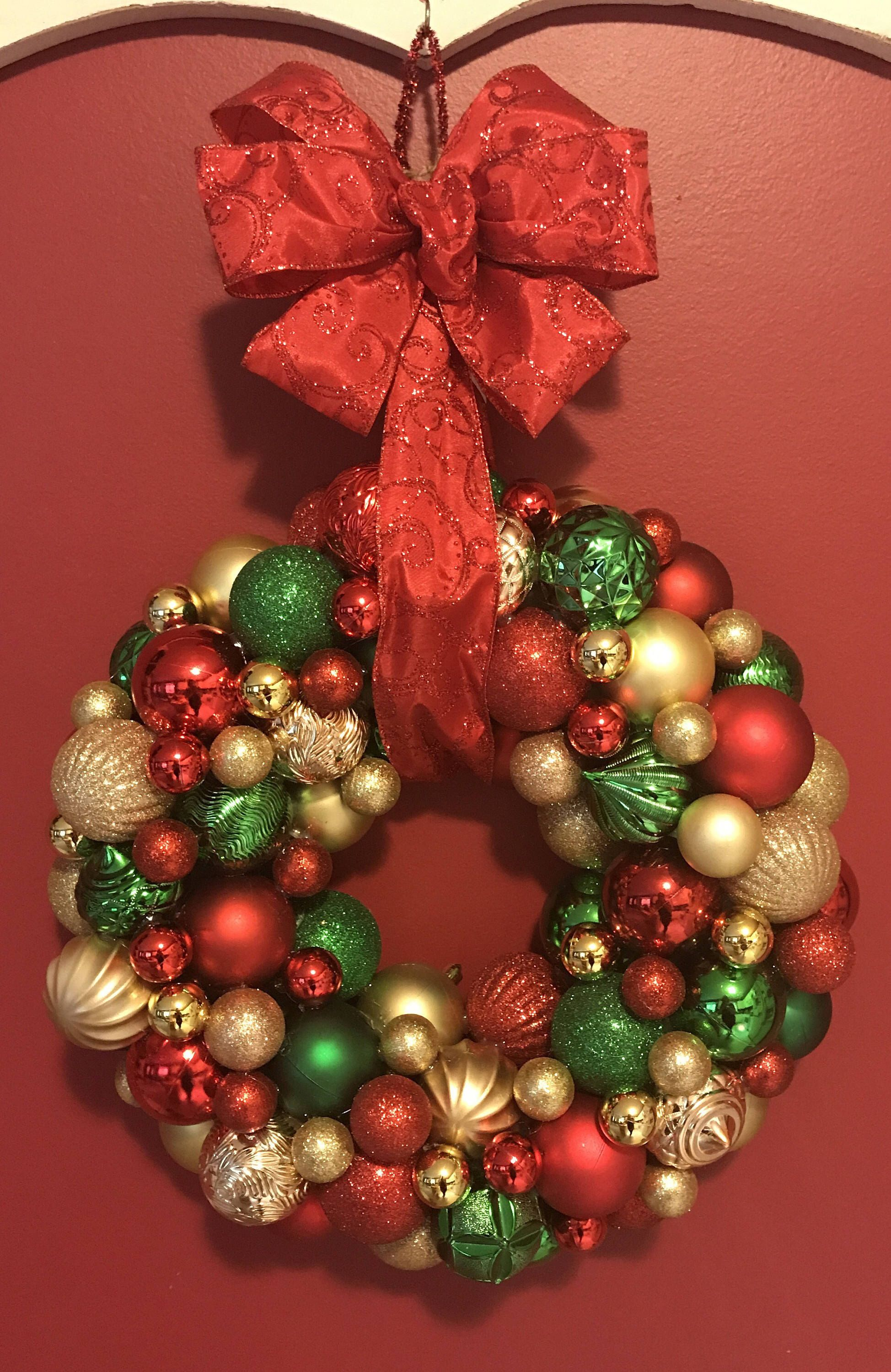 Shatterproof Red Green And Gold Ornament Wreath Ball Etsy Ornament Wreath Christmas Ornament Wreath Gold Ornament Wreath