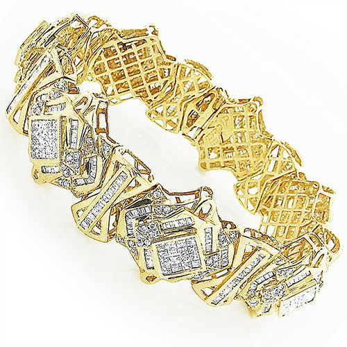 This Geometric Shapes Mens Diamond Bracelet in 14K gold showcases