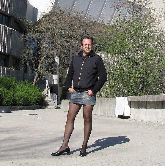 pin von skirtedman auf men in skirts tights etc pinterest strumpfhose kleidung und. Black Bedroom Furniture Sets. Home Design Ideas