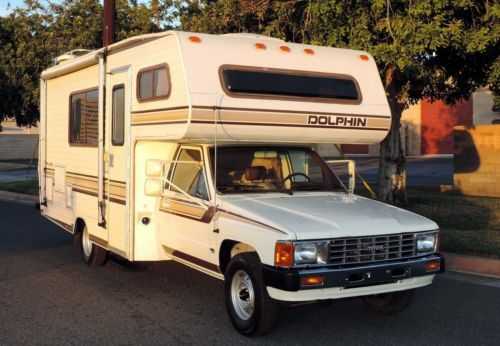 California Original 1986 Toyota Dolphin Rv 22r E 23 Ft 62 207 Orig Miles A Toyota Dolphin Slide In Truck Campers Toyota Motorhome