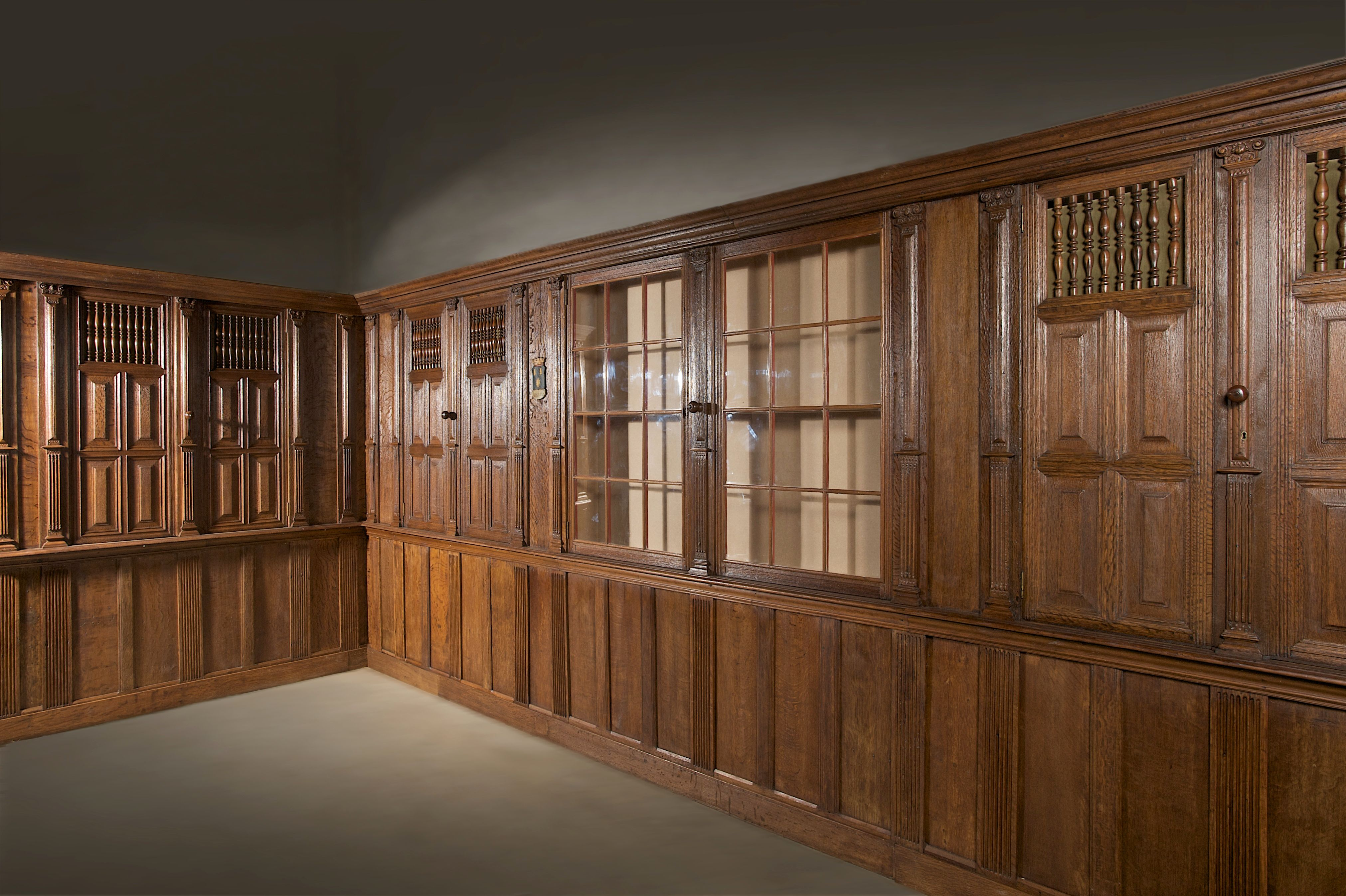 Authentic 17th century Dutch panelling. (With images ...