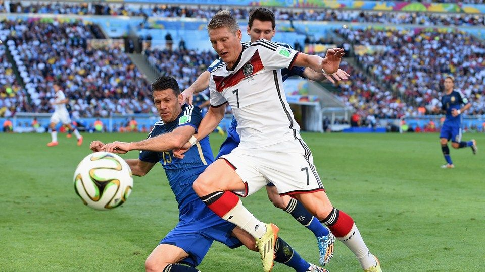 Martin Demichelis Of Argentina Challenges Bastian Schweinsteiger Of Germany Sunday 13 July 2 World Cup World Cup Final Fifa