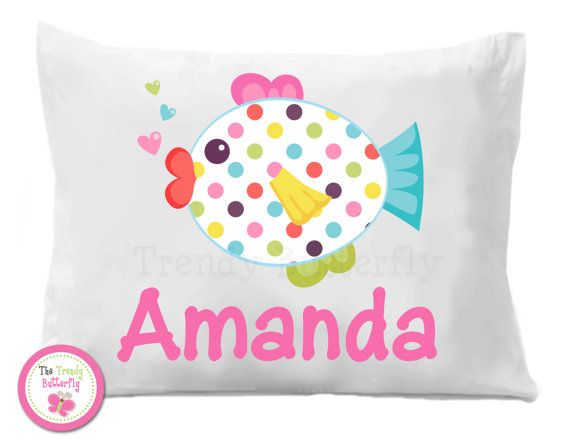 Personalized Polka Dot Fish Pillow Case por TheTrendyButterfly