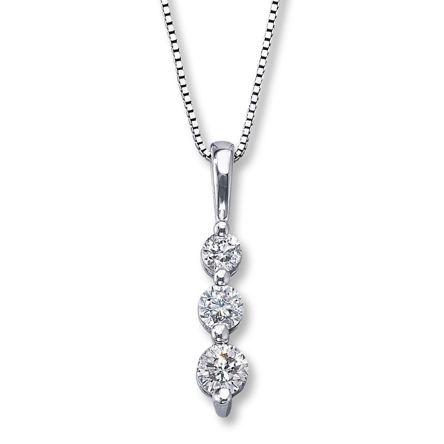 This Elegant 10k White Gold Necklace For Her Showcases A Trio Of Round Diamonds Descending In Grad Tiny Cross Necklace Fine Gold Necklace Diamond Jewelry Gifts