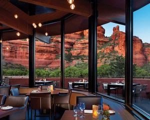 The Dining Room Of Enchantment Sedona Luxury Hotel And Resort