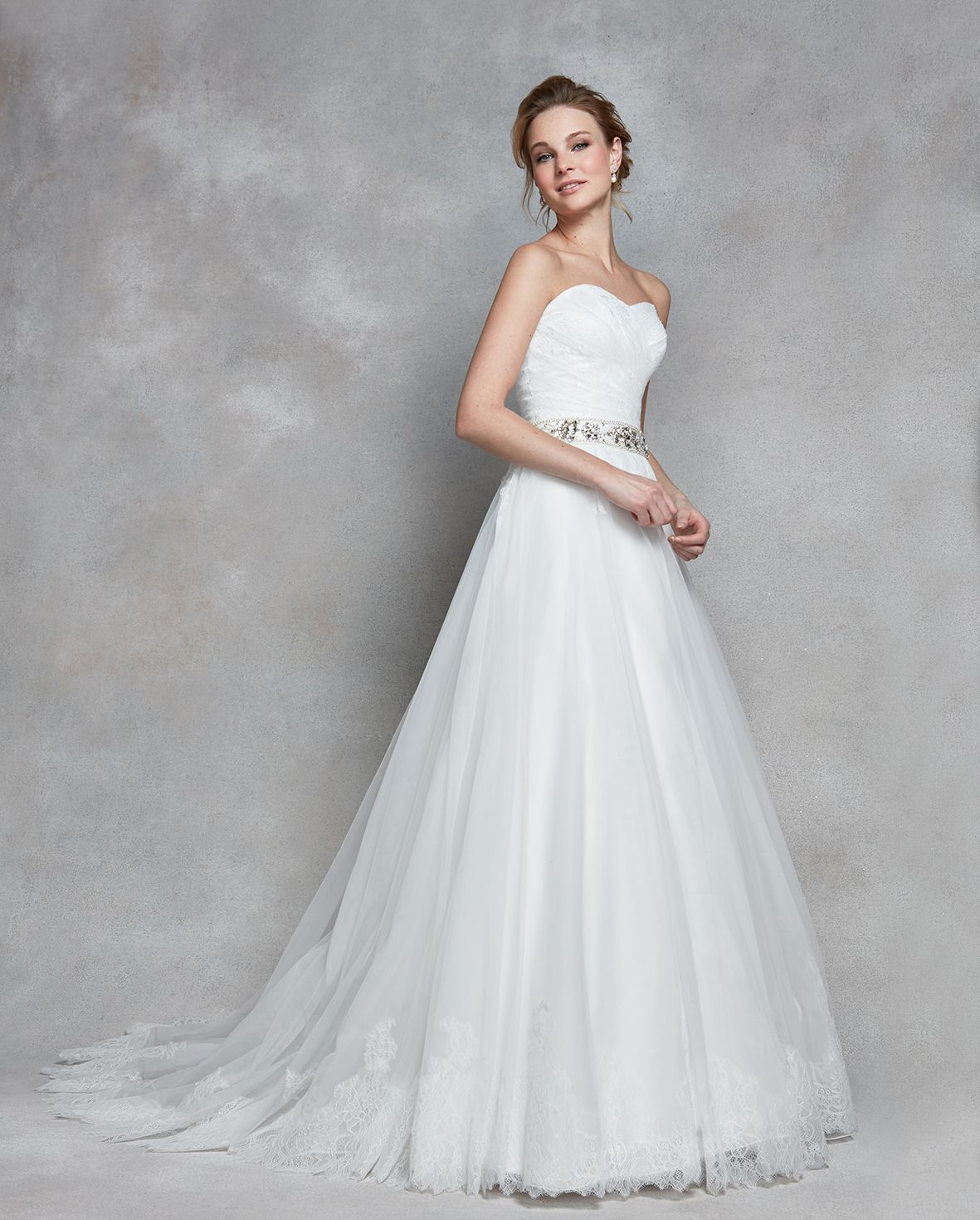 one shoulder wedding dress with bow