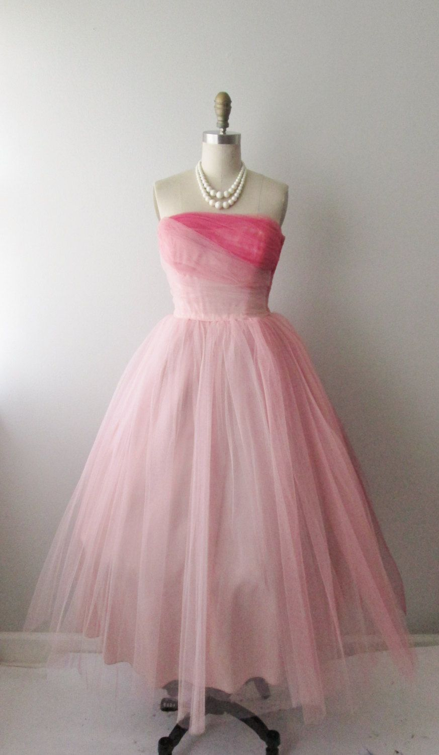 50s Prom Dress Vintage 1950s Strapless Pink Tulle Wedding Party Prom Dress S Prom Party Dresses 50s Prom Dresses Prom Dresses Vintage 1950s [ 1500 x 873 Pixel ]