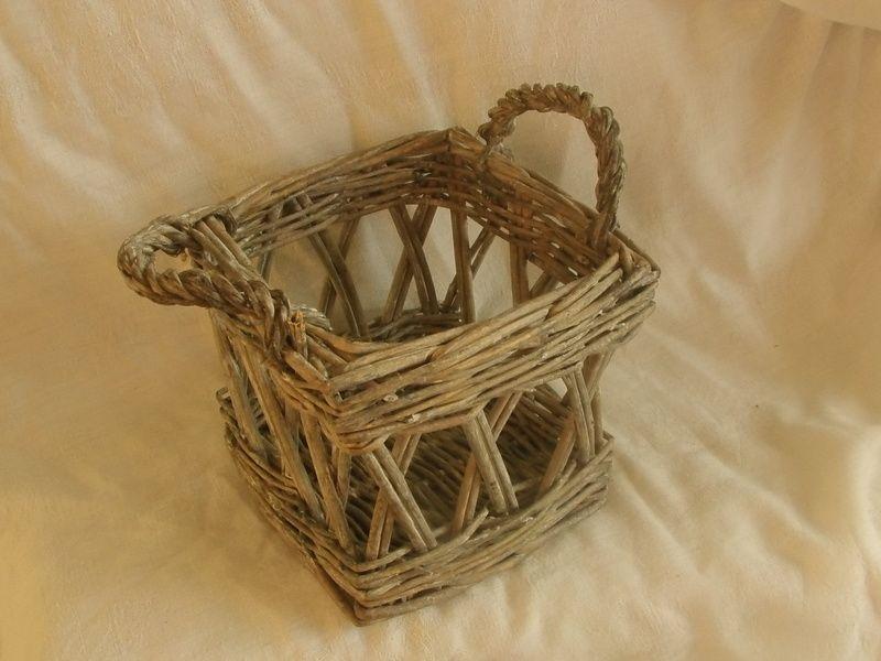 kleines Vintage Körbchen von MajaSt auf DaWanda.com