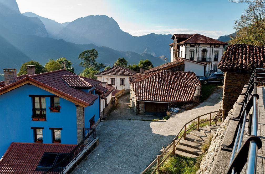 Place:  Ponga / Asturias, Spain. Photo by: Miguel Ramos Barros (flickr.com)