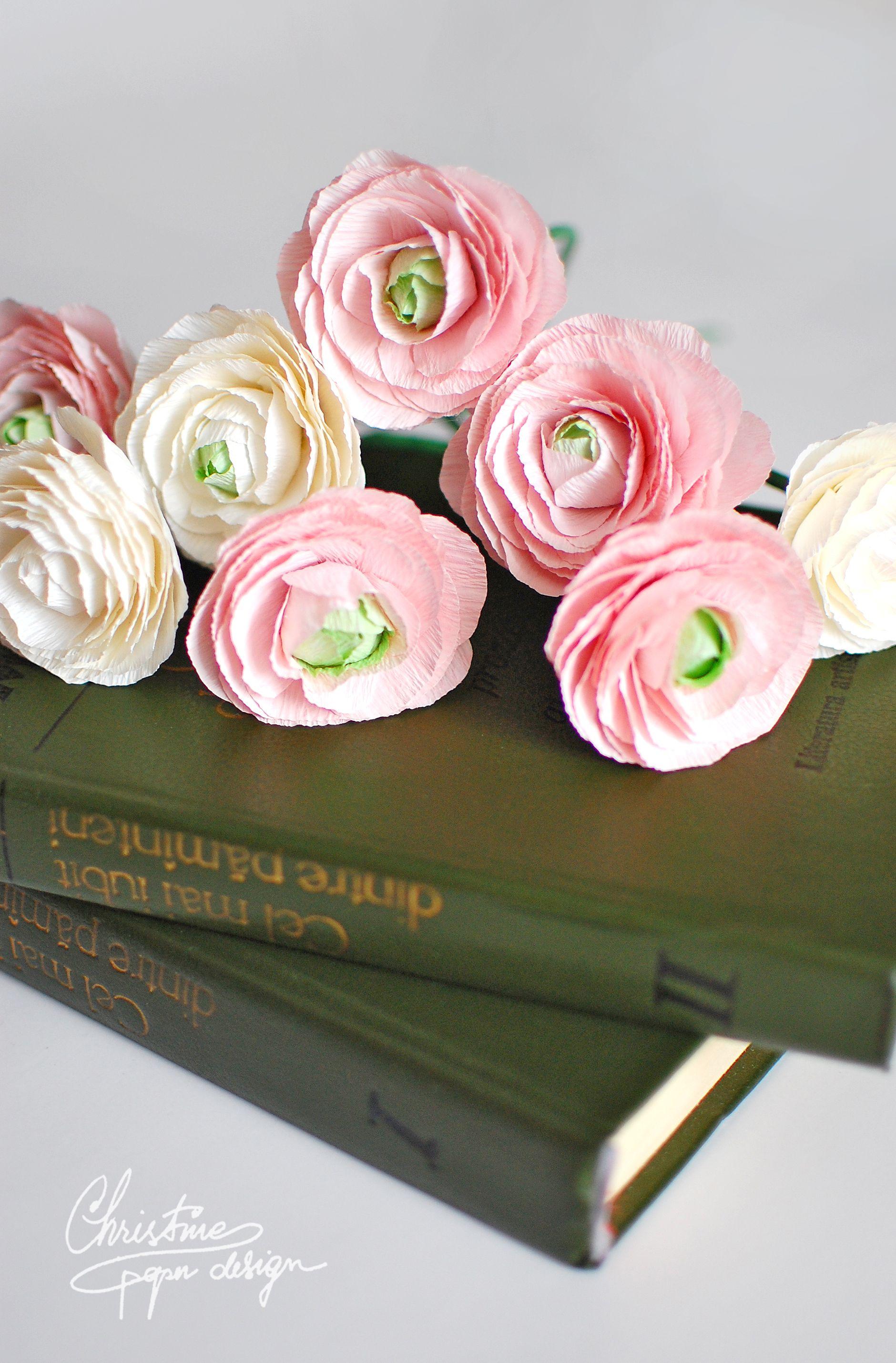 DIY crepe paper flowers ranunculus u  Wall Hanging  Pinteu