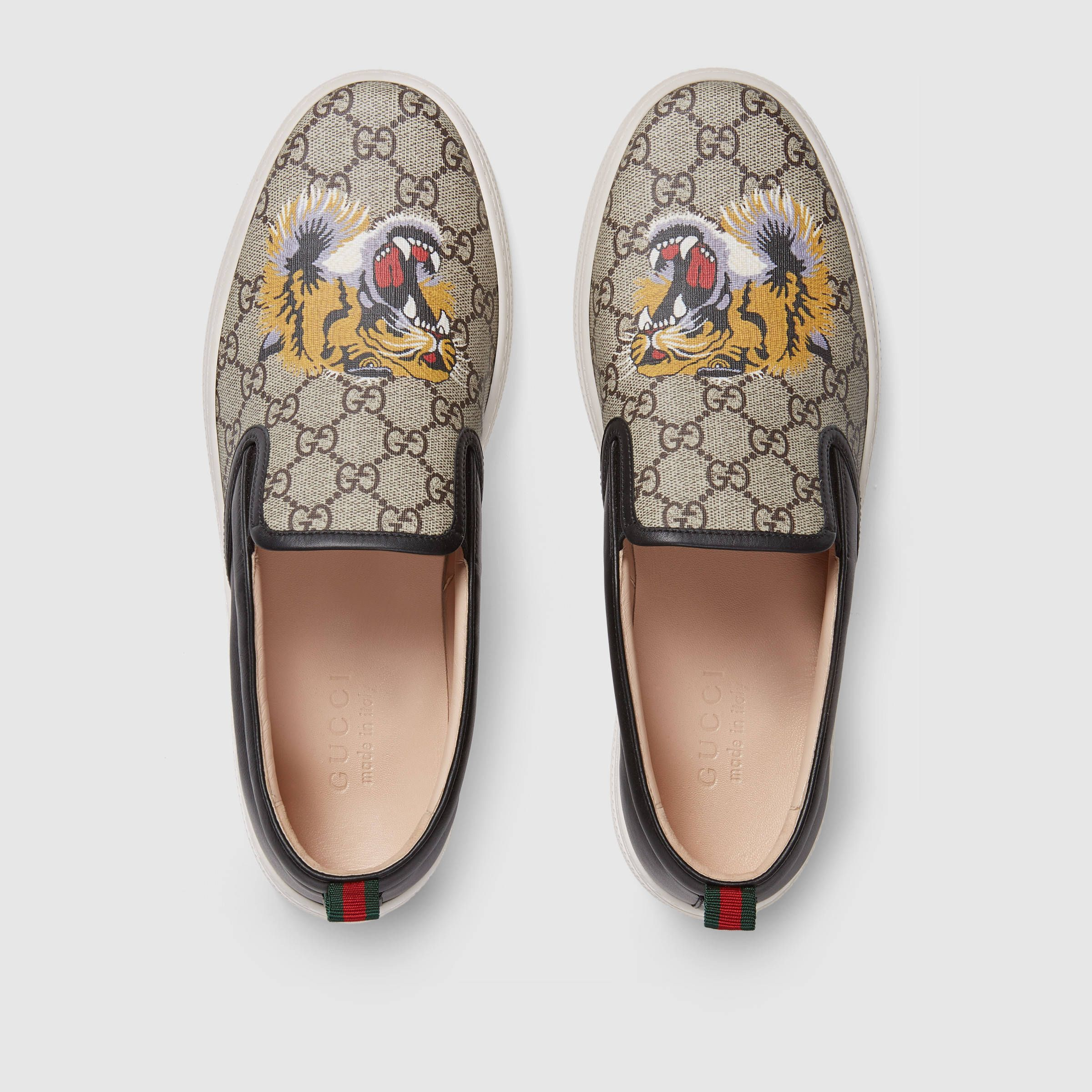 d8953693a38 Gucci GG Supreme tiger slip-on sneaker Detail 3