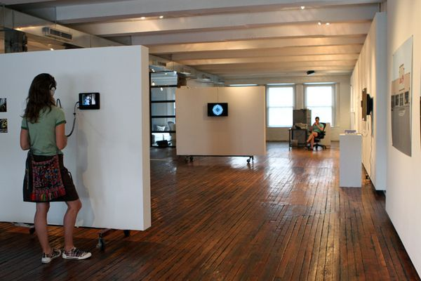Movable art wall partitions google search warehouse House with movable walls