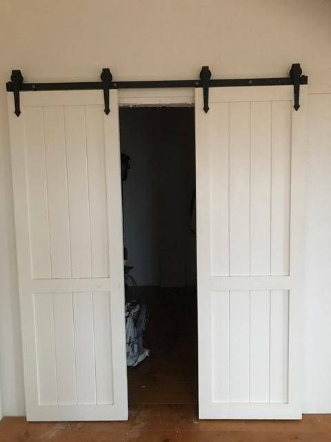 Reversible Closet Sliding Barn Doors With Images Barn Doors