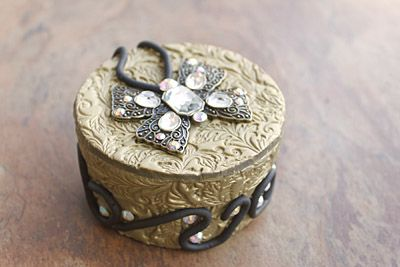 """Sculpey Covered Boxes to Decorate with """"Found Objects"""""""