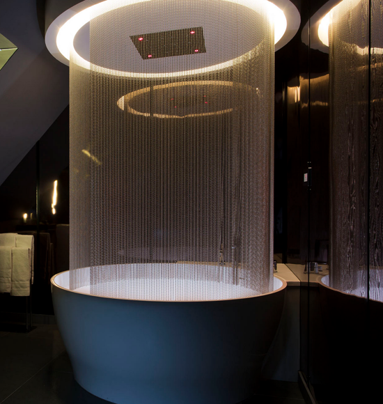 20 Of The World S Most Beautiful Hotel Bathtubs Modern Luxury