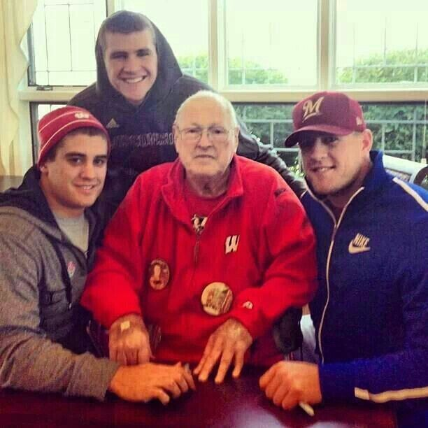 Watt Brothers With Their Grandfather  Houston Texans -7417