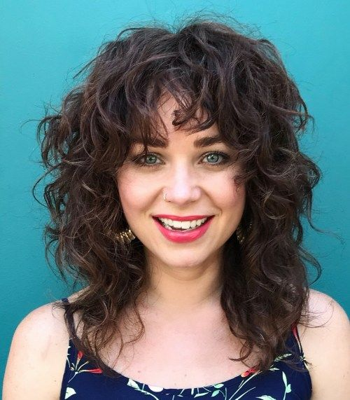 Messy Curly Hairstyle for Medium Hair | Medium curly hair styles, Medium shag haircuts, Messy ...