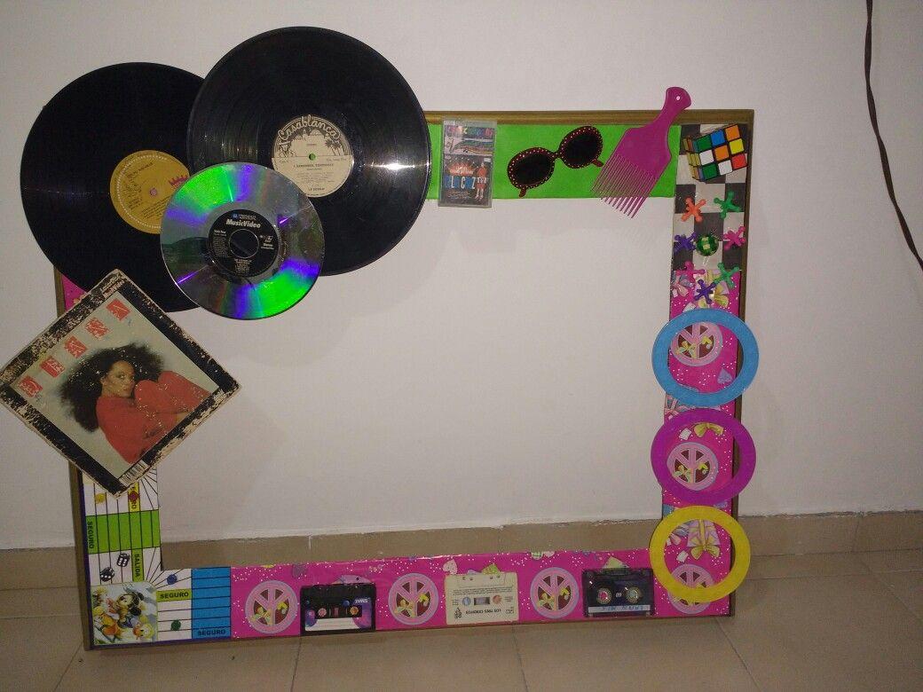 Marco para fotos fiesta retro 60s 70s y 80s fiesta 80 - Decoracion de marcos para fotos ...