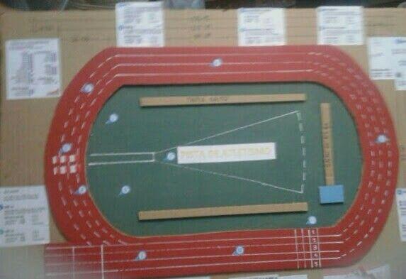 Pista De Atletismo Reciclada Pista De Atletismo Atletismo Maquetas Escolares